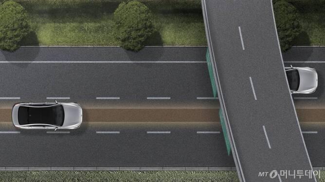 '제네시스 G80'의 고속도로 주행보조/사진=현대차