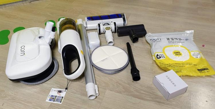 무선물걸레청소기 리뷰 다양한 키트 활용이 가능한 5IN1 콘청소기