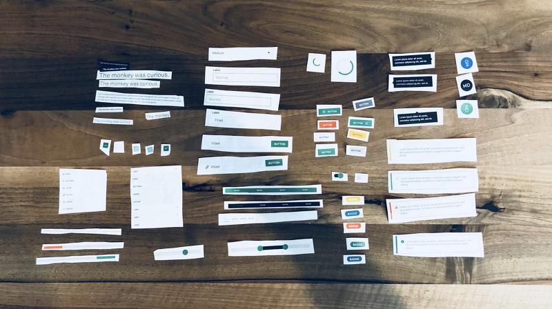 디자인과 엔지니어링 갭에 디자인 시스템으로 다리 놓기