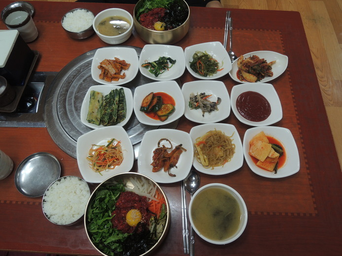 제일회관... 정읍 신태인 맛집... 저렴한 가격의 맛난 육회비빔밥집...