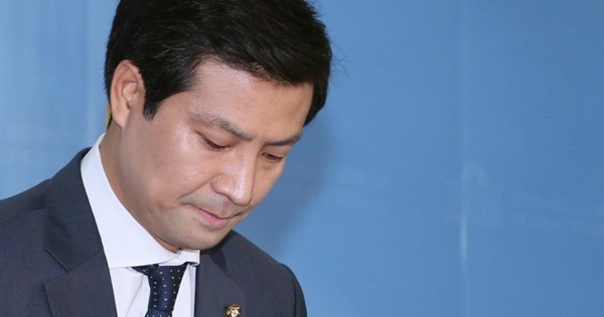 """[큰사진] 총선 불출마 문대성 """"정치, 개인 영달만 난무"""""""