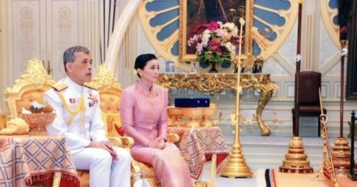 태국 국왕, 69년 만의 대관식 앞두고 근위대장과 결혼 발표