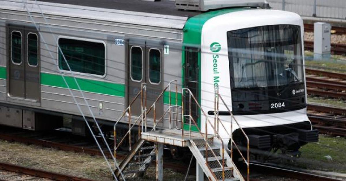 [단독] 서울 지하철, 박원순 때 정규직 전환했던 업무 일부 비정규직화한다