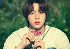 파랑머리 정국→소년미 폭발 지민..꽃은 든 방탄소년단의 소우주