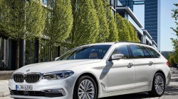 BMW - 2017 BMW 5시리즈 왜건 - 외부 103.jpg
