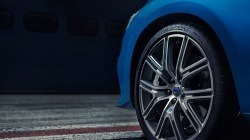 볼보 - 2017 볼보 V60 폴스타 - 외부 1.jpg