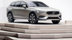 Volvo-V60_Cross_Country-2019-1280-03.jpg