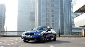 [시승기] 다시 한 번 완성된 존재, BMW 330i M 스포츠 패키지