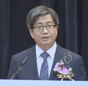 """'김명수 號' 출범..취임 일성 """"사법부 개혁과 변화"""""""