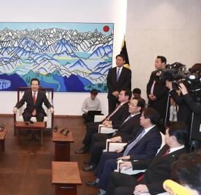 [포토사오정]국회의장 접견실의  바뀐 그림 놓고 해석도 분분..