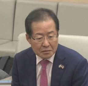 """홍준표 """"서청원 비겁""""..서청원 '성완종 리스트' 추가 폭로 준비"""