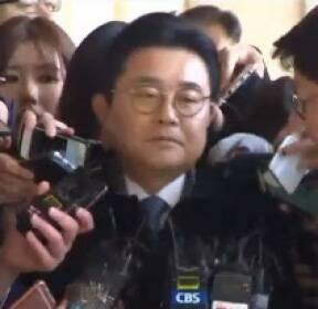 """전병헌 소환 """"누 끼쳐 죄송""""..최경환 압수수색"""