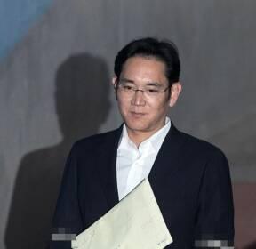 이재용 삼성전자 부회장 '다시 법정으로'