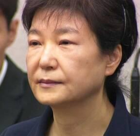 '국정농단' 비선실세 구형 25년..박 前 대통령은?