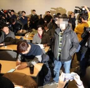 [기타뉴스][포토 뉴스]이대 목동병원 기자회견서 항의하는 유가족