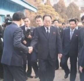 대표단에 기자..북 회담 주도권 '용병술'