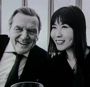 [현장클릭] 슈뢰더 전 독일 총리, 한국인 여성과 연인관계 공식화