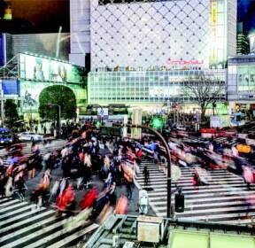 [감성사진사의 해피 프레임] 번화함에 깃들었던 낯선 고독, 일본 도쿄