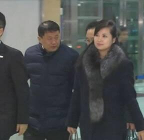 공연장 점검 마친 북, 어젯밤 귀환