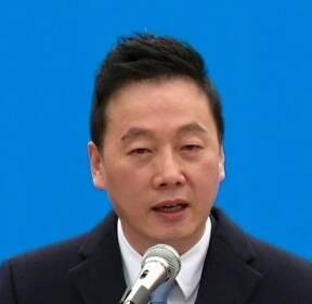 """정봉주, """"어떤 상황서도 전진"""" 무소속 열어놓고 출마선언"""