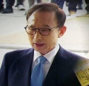 """[여당] 검찰 """"당선 무효 사안""""..MB, 22일 영장심사 불출석"""