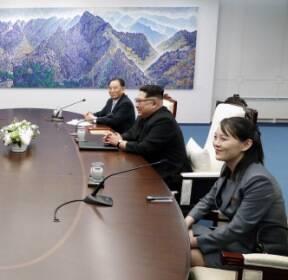 [서울포토] 마주 앉은 남북정상..2018 남북정상회담 시작