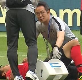 """[비디오머그] """"이런 얘기 흥민이가 싫어하려나"""" 축구대표팀 이성주 팀 닥터를 만났다"""