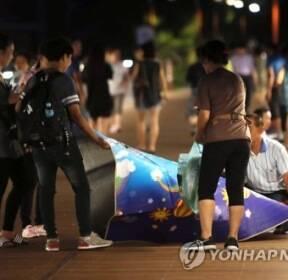 대구·포항 8일 연속 열대야..시민들 '잠 못 이루는 밤'