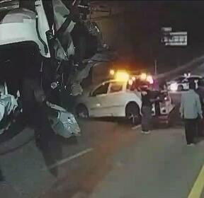 20대 2명, 술 마시고 잇따라 차량 추돌..1명 의식 불명