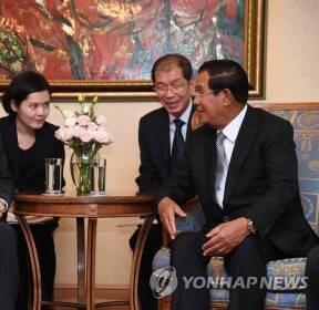 베트남에서 열린 한-캄보디아 총리 회담