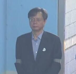 """""""무혐의 걱정마"""" 우병우, '몰래변론' 수임료 10억 5천만 원"""