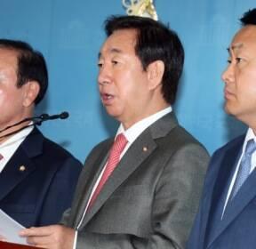 10월22일 박 시장님, 국정조사 해야 하지 않겠습니까? [경향이 찍은 오늘]