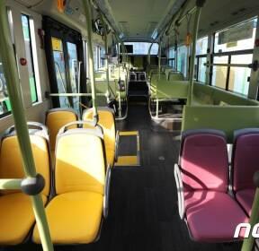 서울시 최초 전기시내버스 '미세먼지 없어요'