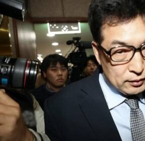 이기흥 체육회장 '거짓말' 논란..전명규 기자회견 후폭풍