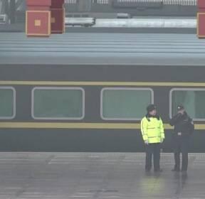 北 예술단, 베이징 도착..北·中 밀월 과시