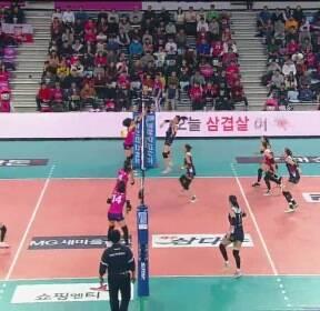 KGC '빛바랜 새내기 활약'..선두 흥국생명에 11연패