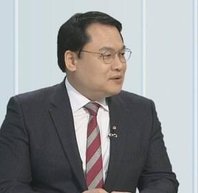 [뉴스초점] 손석희, 19시간 장시간 조사 끝 귀가..손석희 vs 김웅 '공방' 계속