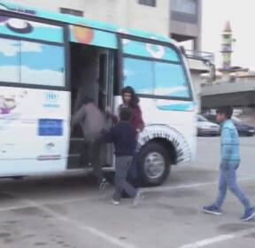레바논, 난민 어린이들의 쉼터 '놀이 버스'