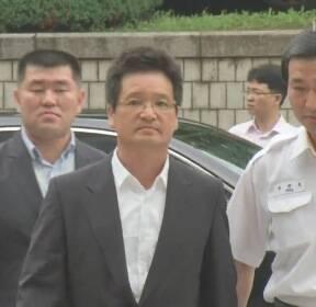 김학의 '원본 영상' 압수 시도에 검찰 4차례 영장 기각