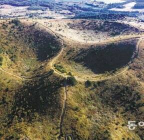 [드론으로 본 제주 비경]용암이 만들어낸 '선(線)의 미학'