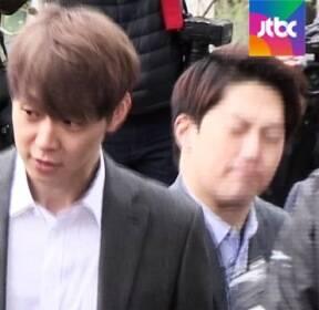 """'마약 혐의' 박유천 구속영장 발부..""""증거인멸 우려"""""""