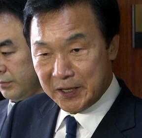 손학규, 임명 강행에 복도 설전까지..혼돈의 바른미래당