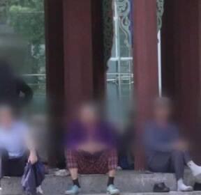 """'60세 정년' 연장..""""노인 빈곤 완화"""" vs """"청년 일자리 악영향"""""""