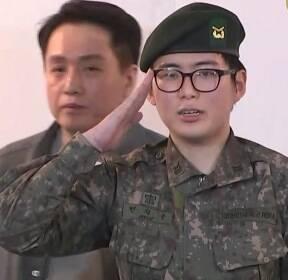 [현장영상] '휴가 중 성전환' 육군 부사관, 직접 심경 밝혔다
