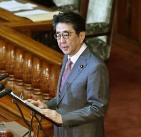 대정부 질의 답변하는 아베 총리