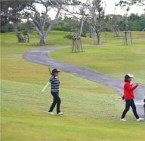 [길따라 멋따라] LCC타고 해외 골프여행? 골프공은 두고 가세요
