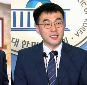 총선에 '조국 소환'..민주당 내 우려 확산