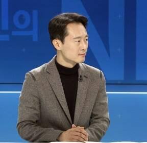 [인터뷰] 이탄희 前 판사, '법복 정치인' 논란에 밝힌 입장