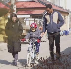한국서 태어나도 '유령 아동'..생일을 허락해주세요