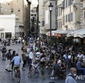 이탈리아 북부, 코로나19 확산 우려로 야간통금